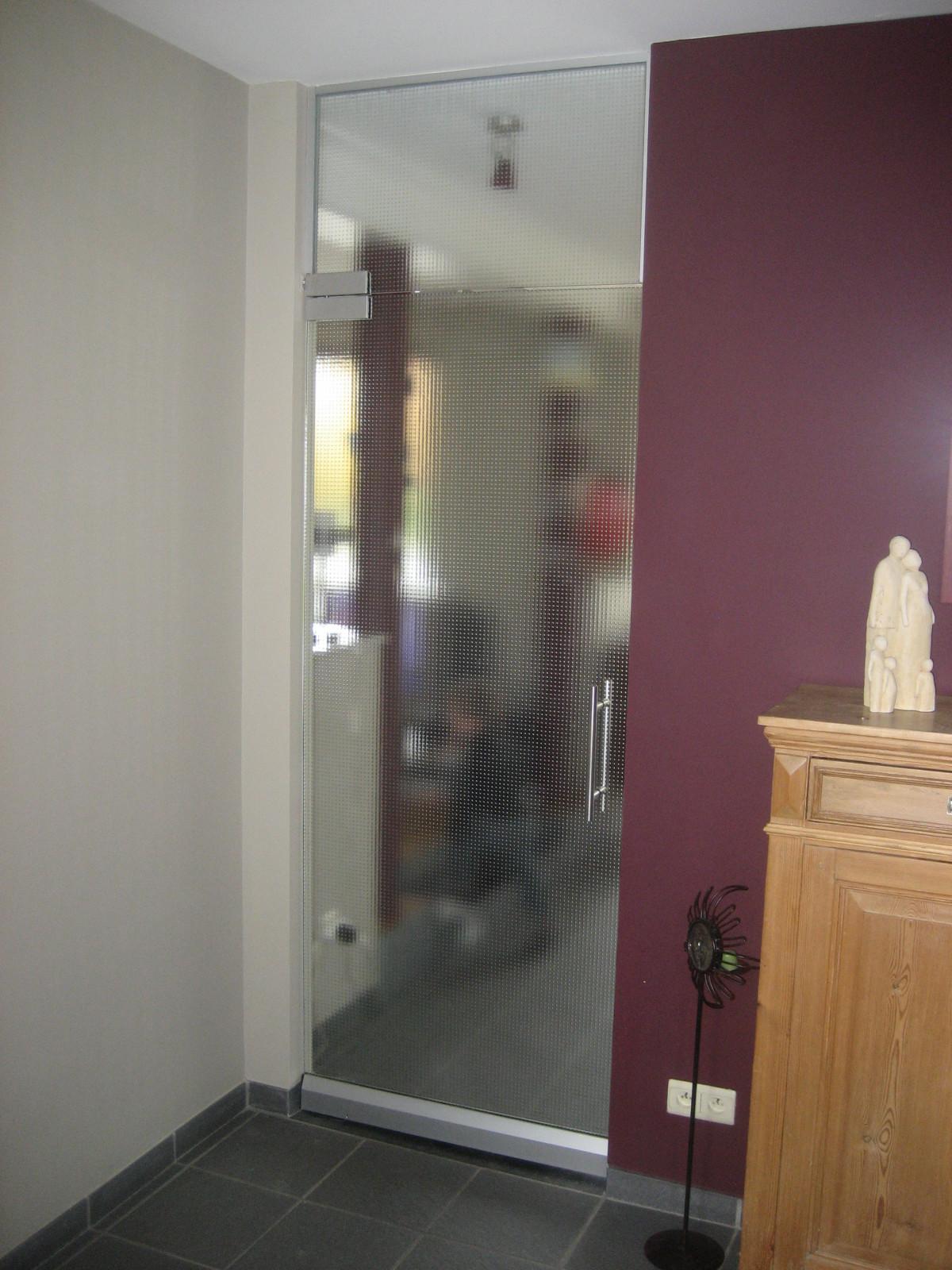 Porte en verre menuiserie jugnot marc for Portes interieures verre